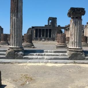 pompeii-1237894_960_720